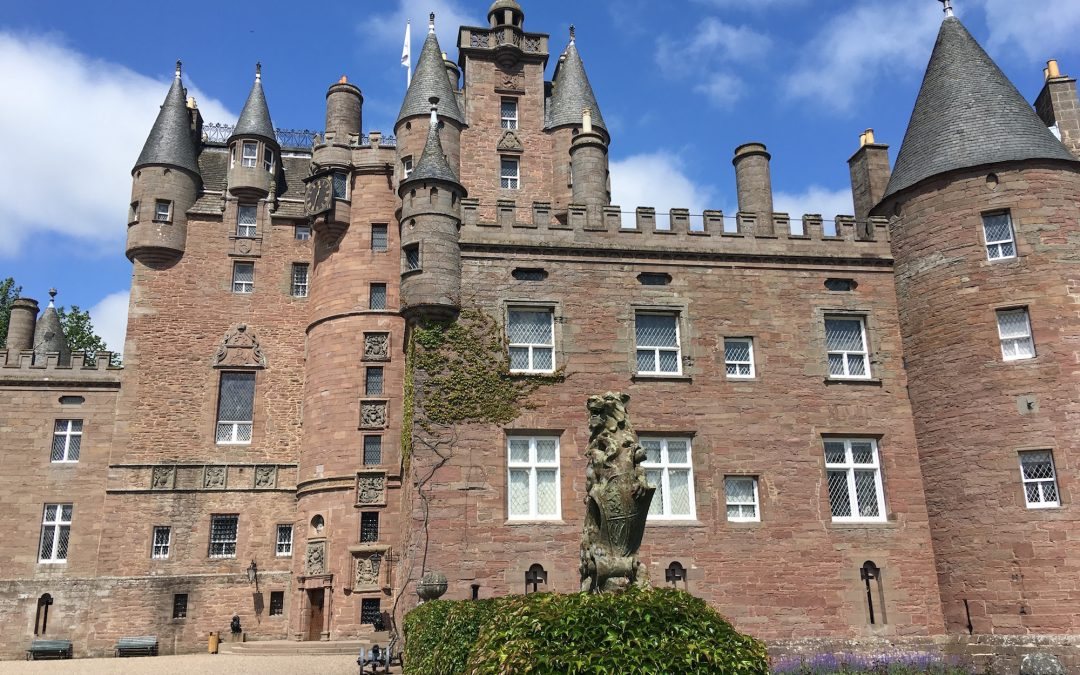 Hidden gem: The secret way to Glamis castle